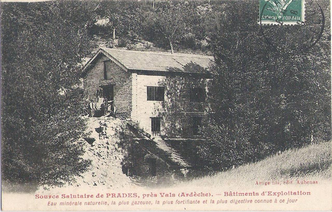 Source salutaire de Prades, bâtiments d'exploitation