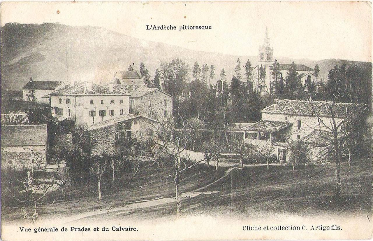 Vue générale de Prades et du Calvaire